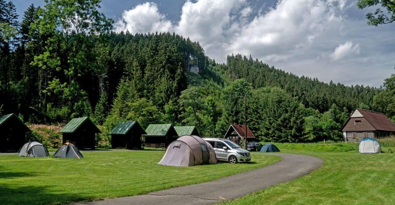Scenic view of Adršpach Rocks from Křížový vrch / recommendation for a nice walk from the Bučnice campsite
