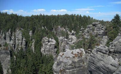 Autokemp Bučnice u Adršpachu to je kemp v srdci Adršpašských a Teplických skal.
